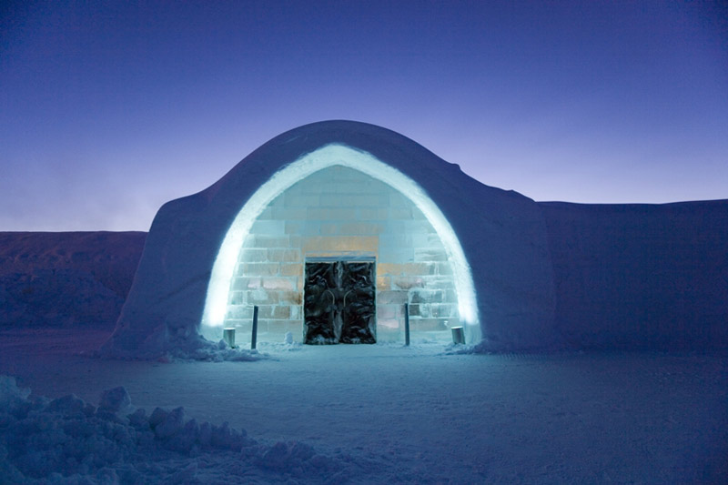 Entrace_Icehotel